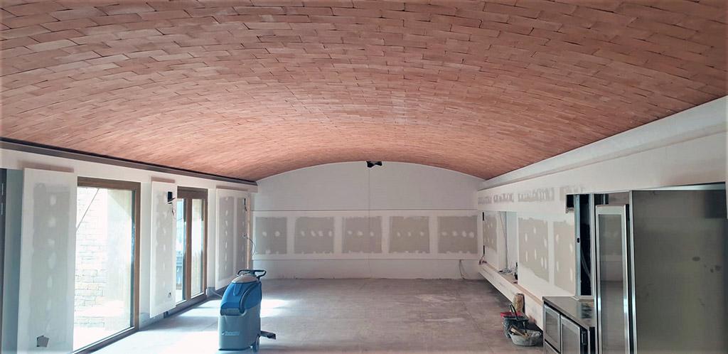 bóveda de ladrillo para una mejor temperatura en el interior