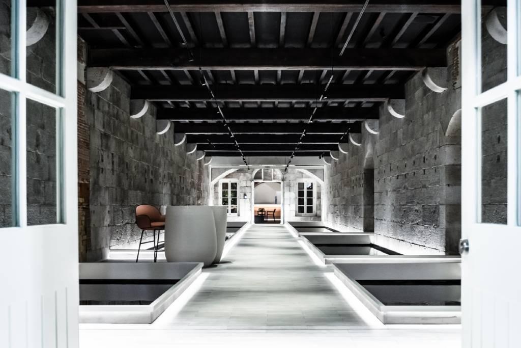 oficinas futuristas en Gibraltar, diseño de lagranja
