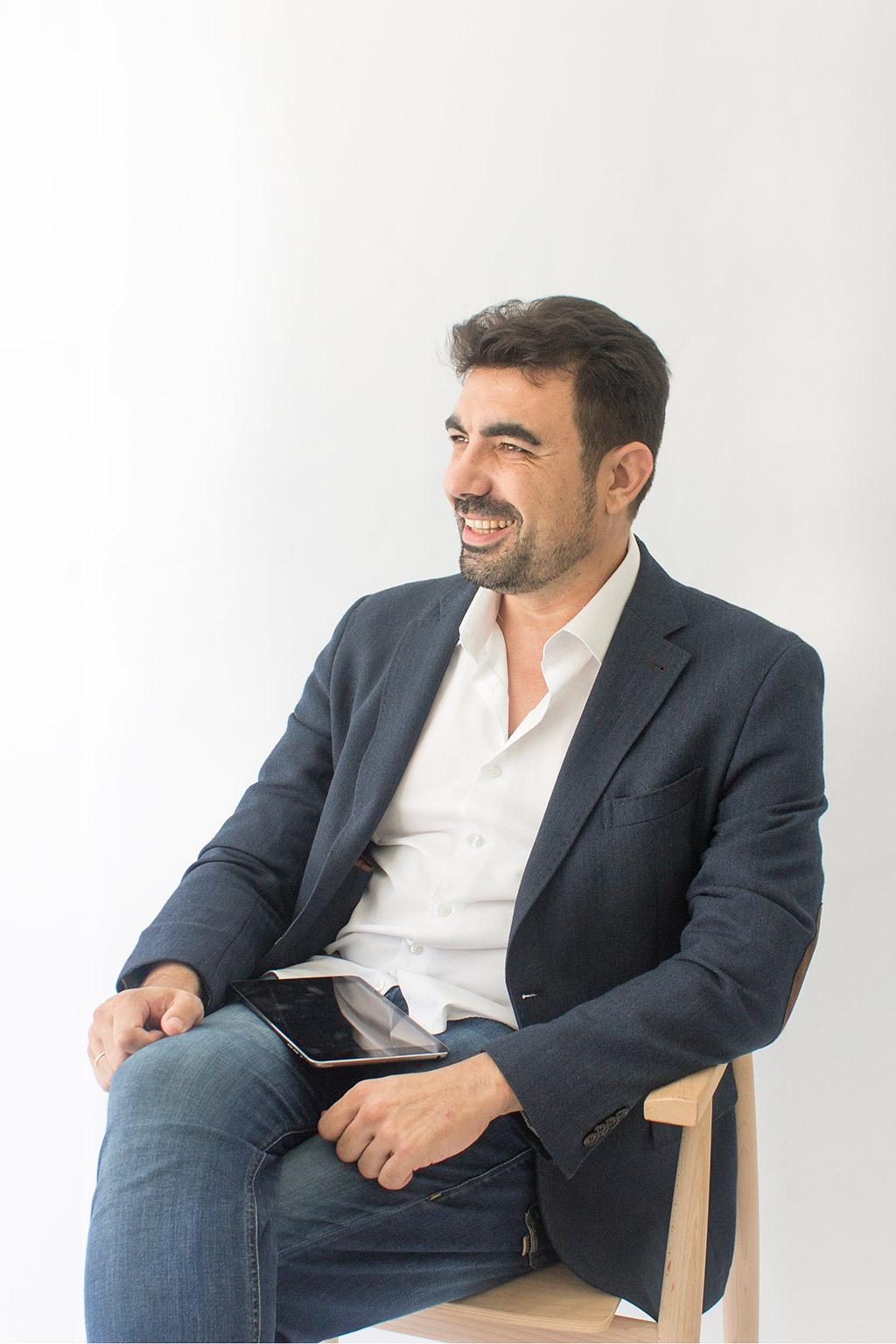 retrato de Santiago Sevillano